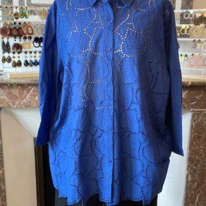 chemise broderie anglaise bleu