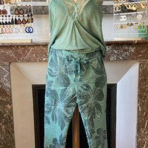 pantalon froissé hawaï